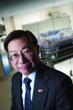 Dr. Shoo Lee_300
